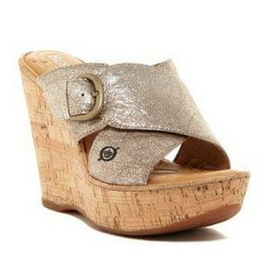 Born Jenee wedge leather slip on sandals size 7